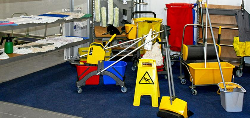 Industrial Mops, Buckets & Signs
